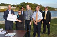 Press event photo: Cranberry Experiment Station recipients and partners